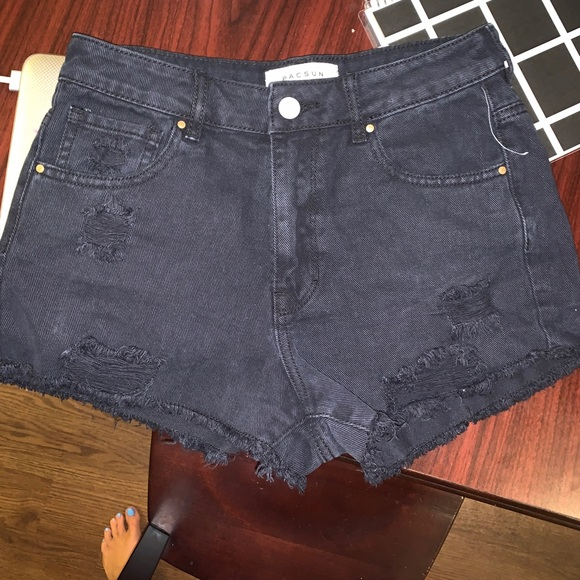 PacSun Pants - NWOT Pacsun denim ripped black shorts